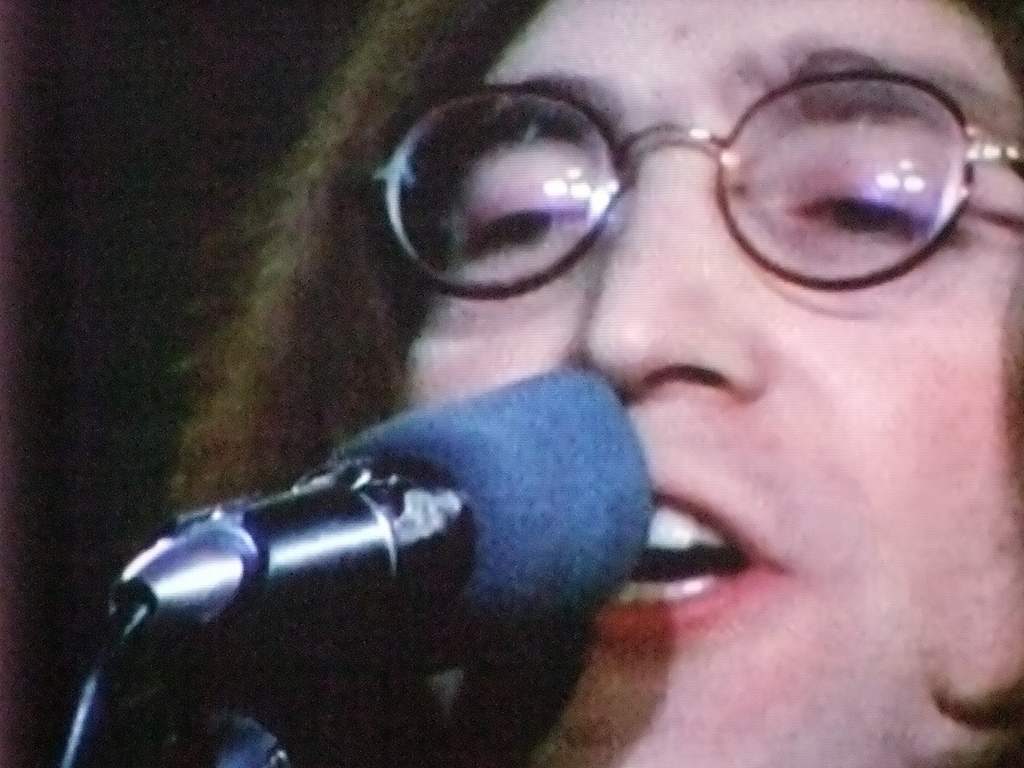 Lennon cantando Imagine